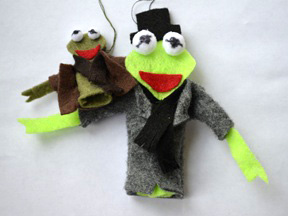 Kermit and Robin the Frog Ornament Craft