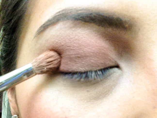 06-easy-holiday-makeup-tutorial