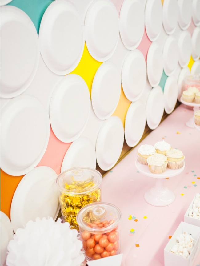 DIY Mod Diamond Paper Plate Backdrop   Shauna Younge for Momtastic (images: Sydnee Bickett)