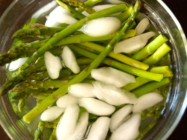 green-ice-water-glass bowl-asparagus