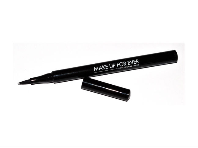make-up-for-ever-graphic-liner-high-precision-pen