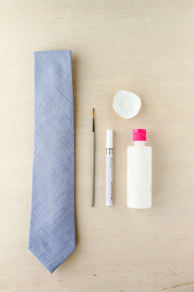 How To Hand Paint a Tie // Supplies