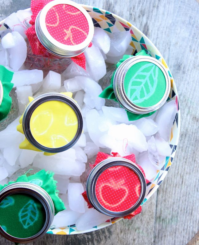 red-yellow-green-mason-jars-water-ice-strawberry-leaf-diy-bleach-labels