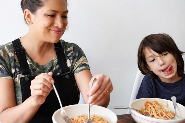 mother-son-eating-pasta