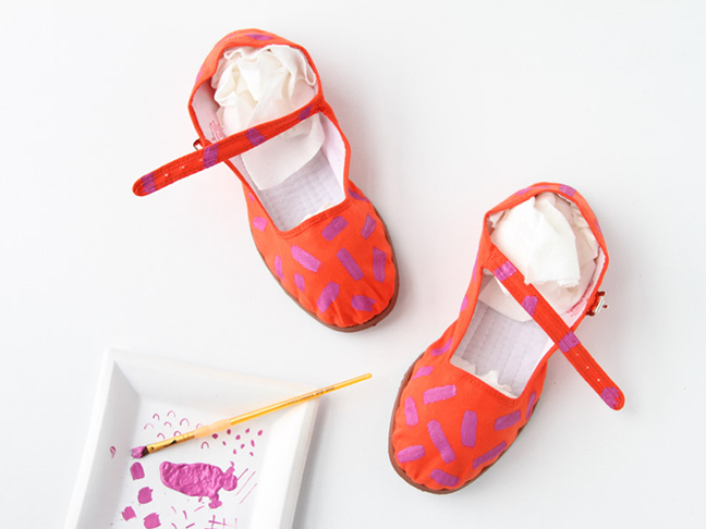Pattern Painted Shoes DIY