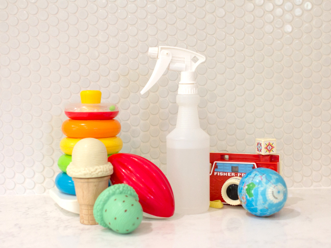 nontoxic-toy-cleaner-with-childrens-toys2