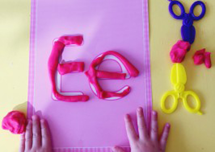 Teach your child letters - Ee