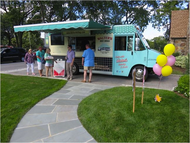 walters-hot-dog-truck_opt