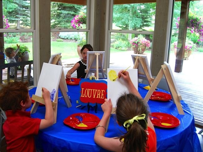 art-table-madeline-party-art-easel-red-yellow-blue
