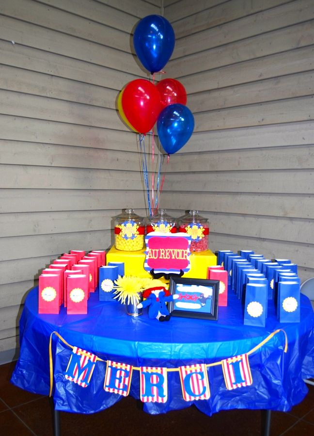 madeline-merci-banner-candy-table-red-blue-party-bags