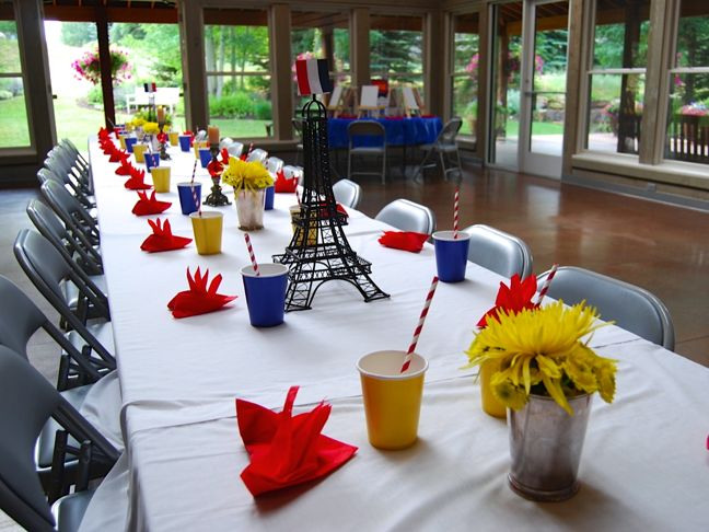 madeline-party-paris-eiffel-tower-red-yellow-blue-straws