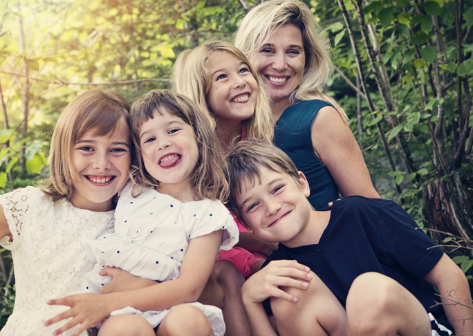 11 Ways Mums of Big Families Stay on Track