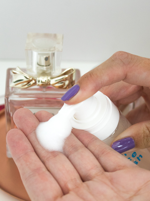 How to Make your Own Gentle Foaming Face Wash