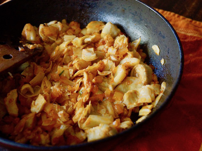 skillet-onion-spices