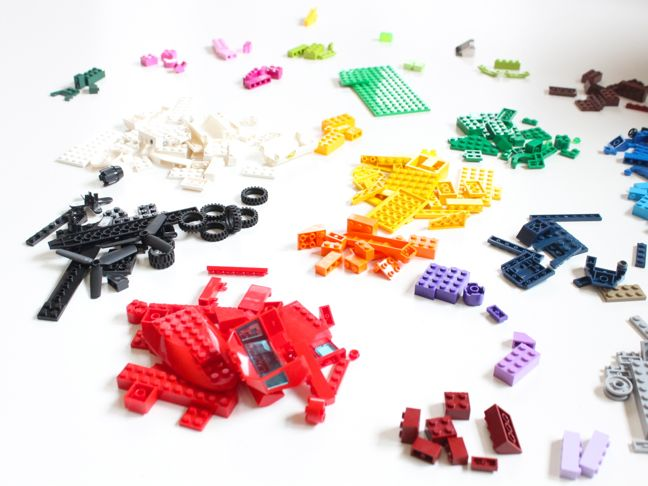 lego-piles-yellow-red-green-blue