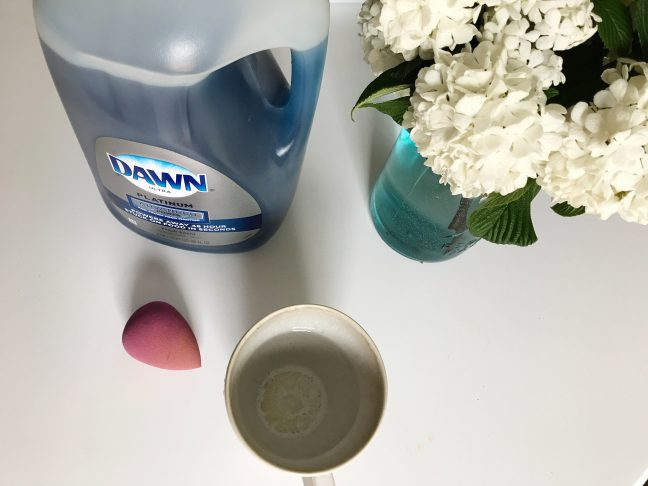 How To Clean Your Beautyblender