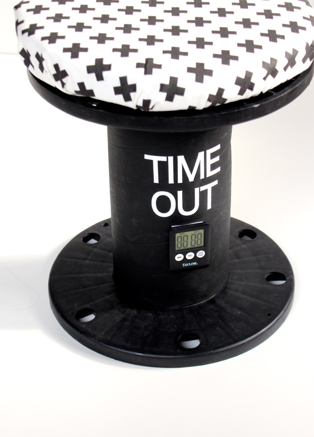 diy-black-and-white-time-out-chair-with-digital-clock
