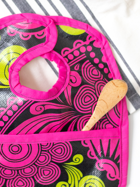 Make a Simple Waterproof Bib from a Reusable Shopping Bag