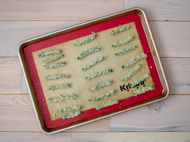 """Try These Better-For-You Baked Green Bean """"Fries"""""""