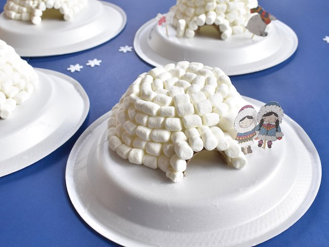 Build A DIY Igloo For Kids That Doesn't Require Gloves (Or A Coat)