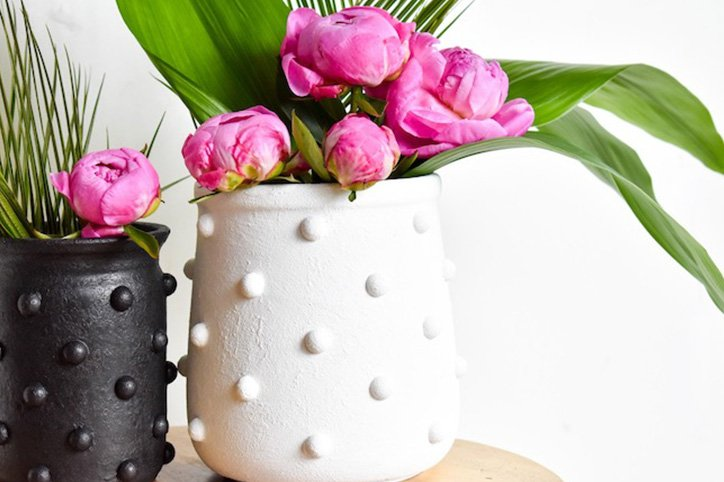 This DIY Vase Requires Only Six Supplies (Including One From Your Pantry)