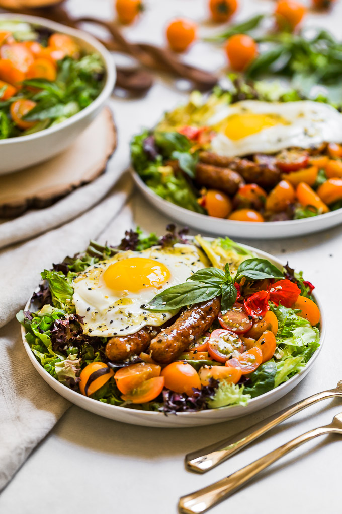 Breakfast Salad With Everything Bagel Dressing