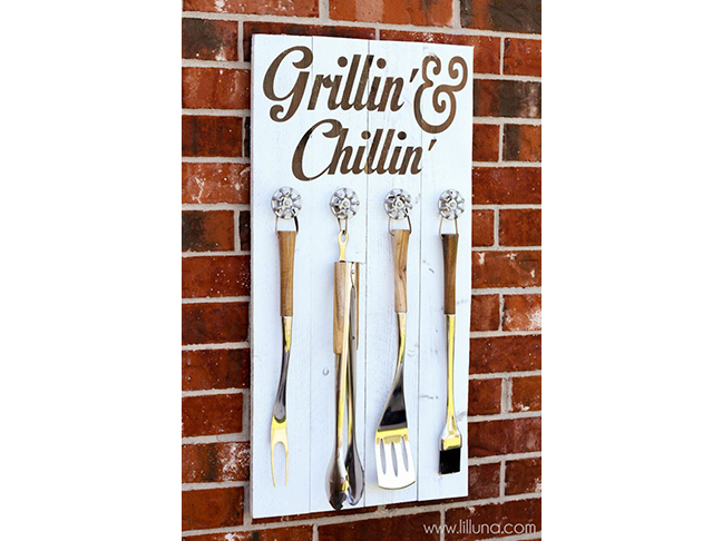 Grill Set Holder and Sign