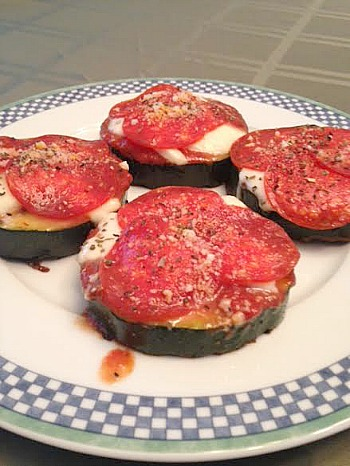 No Carb Grilled Zucchini Pizzas