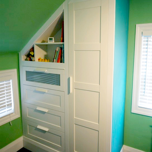 Mixed Piece Built-In from Ikea Hackers