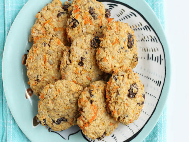 Oatmeal Cookies with Apples and Carrots